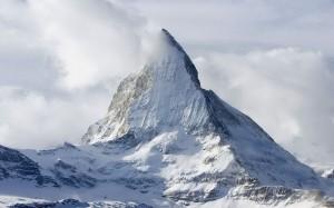 mountains-snow_00327738